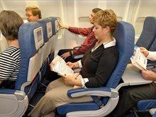 أبرز 20 حادثة قد تزعجك على متن الطائرة