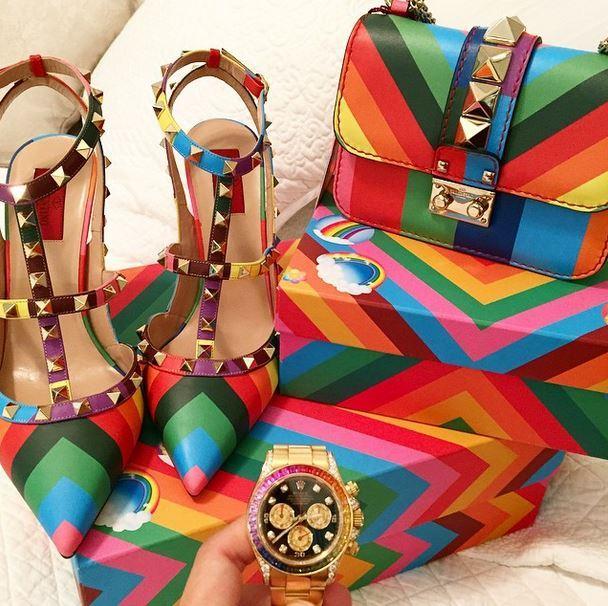 85f962133 سعر حذاء وحقيبة فالنتينو الملونة من تشكيلة ربيع 2015 :: موقع رنوو.نت