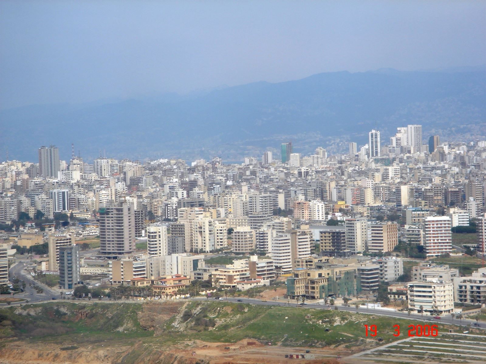 photos of beirut from the plane in 2006 website. Black Bedroom Furniture Sets. Home Design Ideas