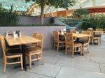 غداء في مطعم أبل بيز الأفنيوز