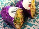 بوريتو دجاج مميز من مطعم تشيلي بيبر