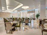 إكتشف النكهات العربية والوجبات الآسيوية في أمسيات فندق كوبثورن دبي المميزة