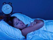 هل تستيقظ في منتصف الليل؟ لا تفعل هذين الأمرين إذا كنت تحاول أن تغفو مجددا