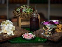 مطعم دكاكين يفتتح فرعه الثاني في مركز الشيخ جابر