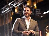 Melhem Zein Continues Concert after Horrible Car Accident