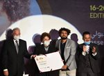 قاسم إسطنبولي يحصد جائزة أفضل شخصية مسرحية عربية في مهرجان شرم الشيخ