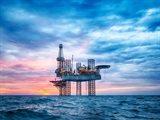 اقتصاديات دول الخليج العربي تواجه تهديدًا كبيرا بعد الانخفاض الحاد في أسعار النفط