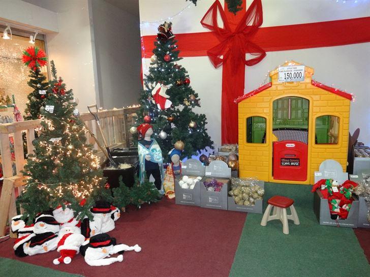 Photo 138 on date Wednesday, 28 November 2012 - Christmas started @ Sultan Center