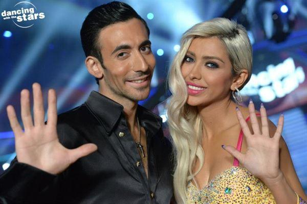 تألق ملفت للنجمة اللبنانية نايا في رقص النجوم
