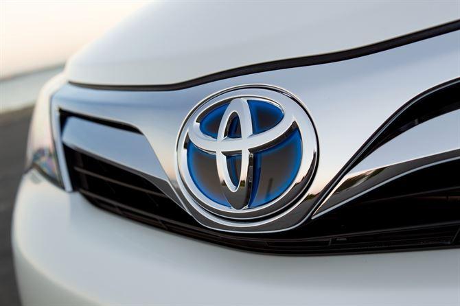 مبيعات تويوتا العالمية للمركبات الهجينة تتجاوز الخمسة ملايين