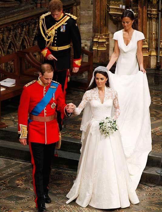 الصورة 1236 بتاريخ 29 أبريل / نيسان 2013 - الأمير البريطاني ويليام يحتفل اليوم بعيد زواجه الثاني مع زوجته كاتي