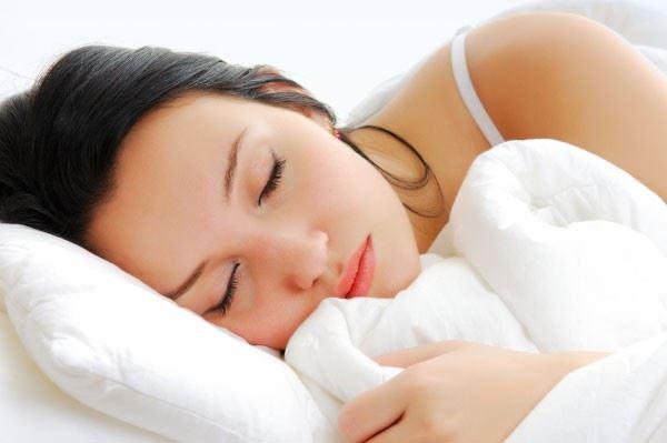 لماذا يصعب علينا النهوض من الفراش في الصباح عندما نستيقظ من النوم؟