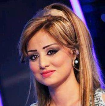 الصورة 1348 بتاريخ الأحد، 12 مايو/أيار 2013 - أجمل ديو رومنسي بين مشتركة عرب أيدول برواز حسين وزوجها كوران