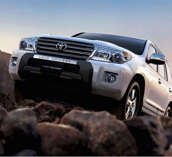 سيارة لاند كروزر تحقق مبيعات هائلة في السوق العربي