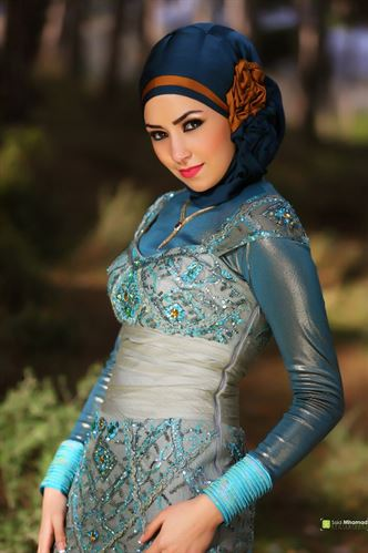Elegant women in Scarf