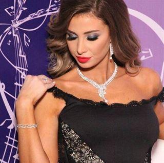 سر اطلالة انابيلا هلال صعب الساحرة في اول حلقة نتائج في عرب ايدول