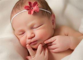 هل هناك علاقة بين حجم الطفل عند الولادة ونموه العقلي؟