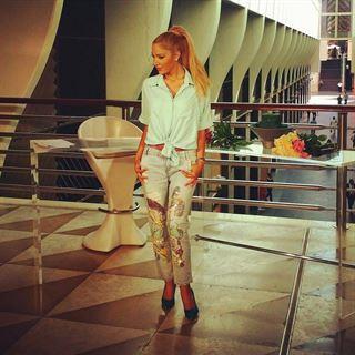 Nivine Skaiky looks in B-Beirut show on LBC