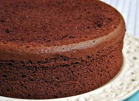 An easy and perfect sponge chocolate cake recipe