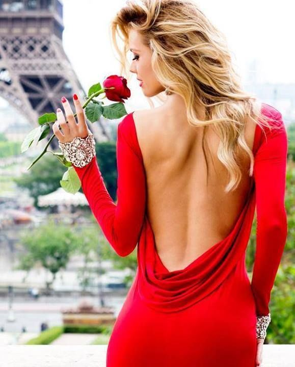A Red Shot of beauty from Paris