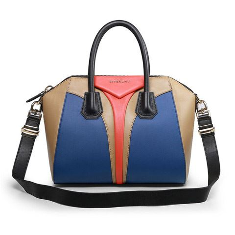 Photo 3967 on date 27 April 2014 - Luxurious handbags by Givenchy