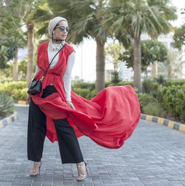 مدونة الموضة آسيا