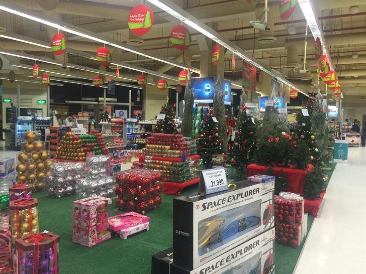 اجواء عيد الميلاد في سلطان حولي وسوق شرق