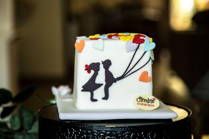 كعكة عيد الحب من مطعم تشوكليت بار