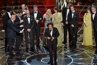 اسماء الفائزين بجوائز الاوسكار للعام 2015