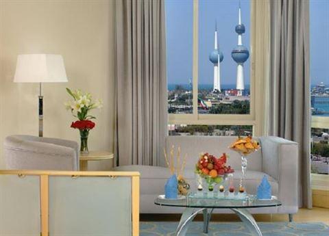 الصورة 9817 بتاريخ 11 مارس / آذار 2015 - فندق لو رويال الكويت