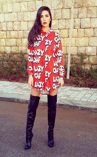 """تعرف على نادين عبدالعزيز في اخوات خوات """"The Sisters"""""""
