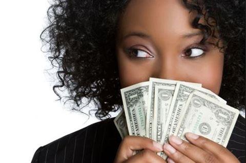 هل يمكن العيش بدون مال؟