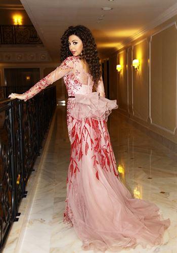 Stunning Myriam Fares in Kuwait