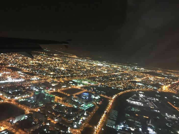 Photos of Kuwait taken from the plane during the day and night