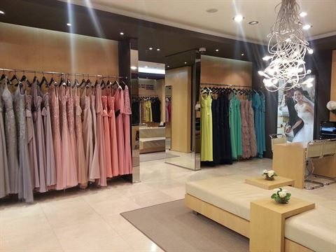 Photo 10518 on date 13 April 2015 - Pronovias - Salmiya (Olympia Mall) Branch - Kuwait