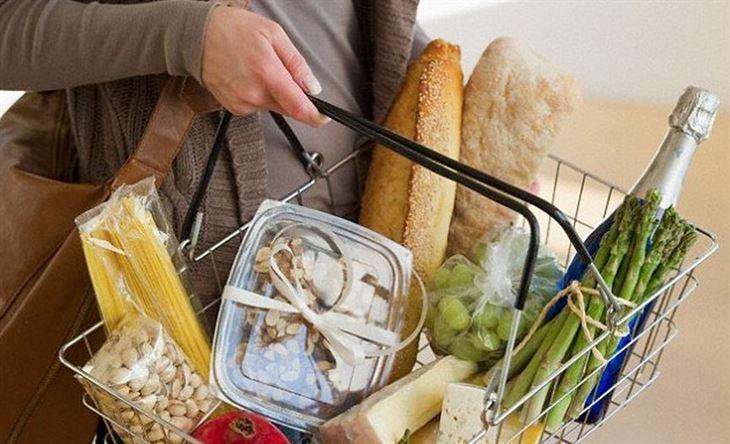 دراسة جديدة تكشف عن تأثير الأطعمة المفضلة لدينا على صحتنا