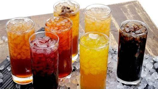المشروبات السكرية قد تقلل من مستويات التوتر؟!