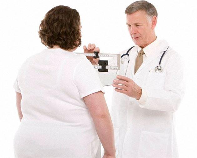 السكر هو المسؤول الأول عن السمنة وليس الكسل