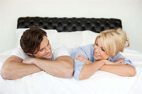 هناك أشياء يريدها الرجل وغالبا ما يخفيها عن حبيبته - مصدر الصورة: Msn