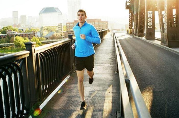 كيف تحافظ على لياقتك البدنية خلال شهر رمضان - مصدر الصورة: edgardaily.com