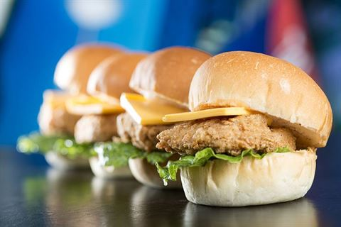 Photo 28697 on date 30 October 2016 - New York Fries Restaurant