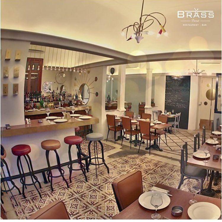 photos of brass restaurant achrafieh website. Black Bedroom Furniture Sets. Home Design Ideas
