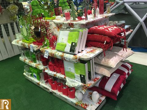 """تشكيلة عيد الميلاد """"الكريسماس"""" في مركز سلطان"""