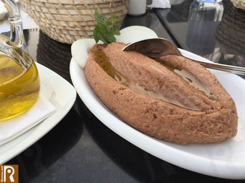 Kibbeh Niyyeh with Olive oil