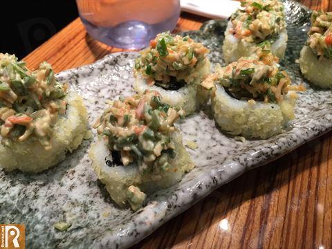Volcano Maki contains Shrimp tempura, spicy mayonnaise, avocado, tempura crisps, crabstick and cucumber