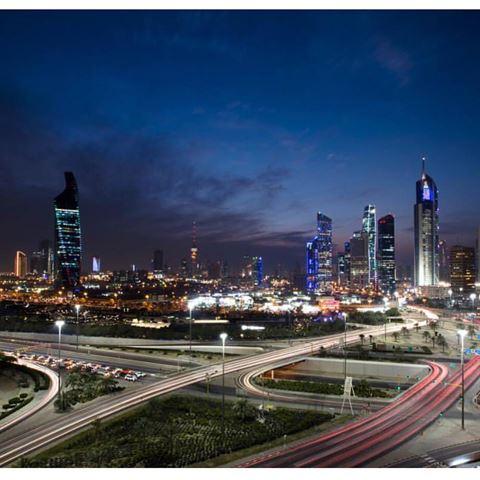 الصورة 16536 بتاريخ 20 مارس / آذار 2016 - برج التجارية - الكويت