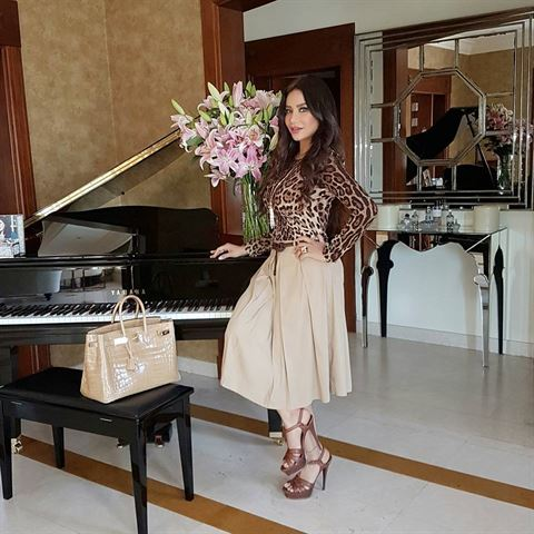 Lojain Omran ... Chic Positive and Strong Lady