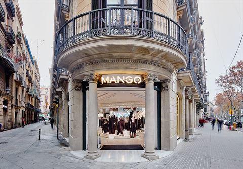 Photo 17510 on date 3 April 2016 - Mango -  (Dubai Mall) Branch - UAE