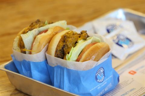 Photo 17721 on date 4 April 2016 - Elevation Burger Restaurant
