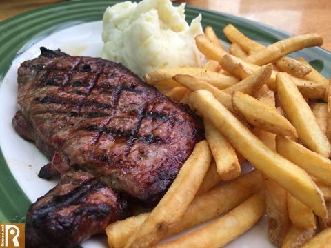 Lunch at Apple Bees Avenues Branch